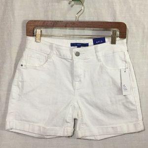 Mid Rise White Denim Stretch Shorts w/Cuff